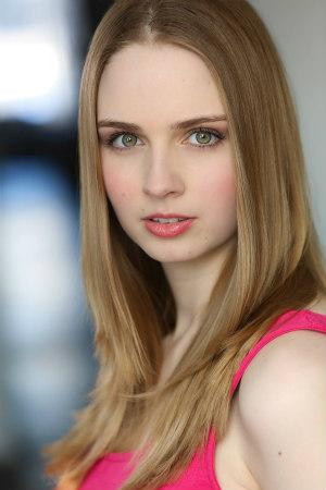 Samantha Ferrara Headshot (1)